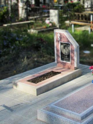 Памятник из мраморной крошки детский
